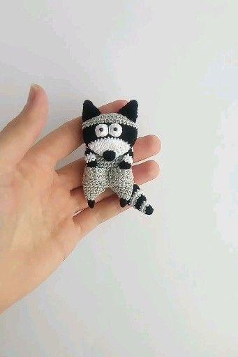 Raccoon brooch crochet pattern, Crochet pattern Raccoon, Brooch Raccoon, Crochet brooch, pdf in eng
