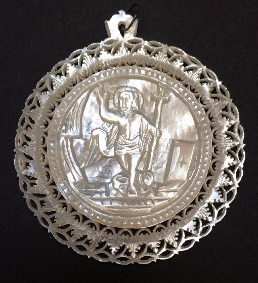 """Antique Icon 2-3/8"""" Round Jesus Pendant Hand Carved Mother Of Pearl Jerusalem"""