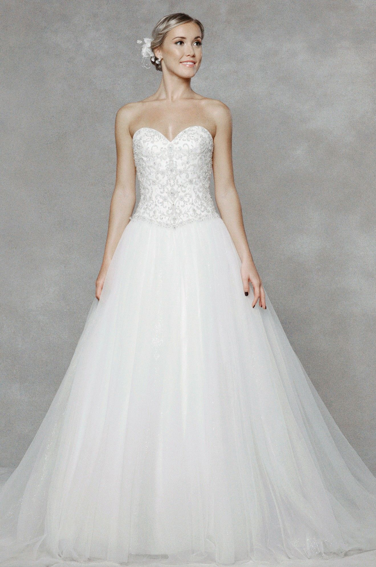tulle ball gown wedding dress with sweetheart neckline