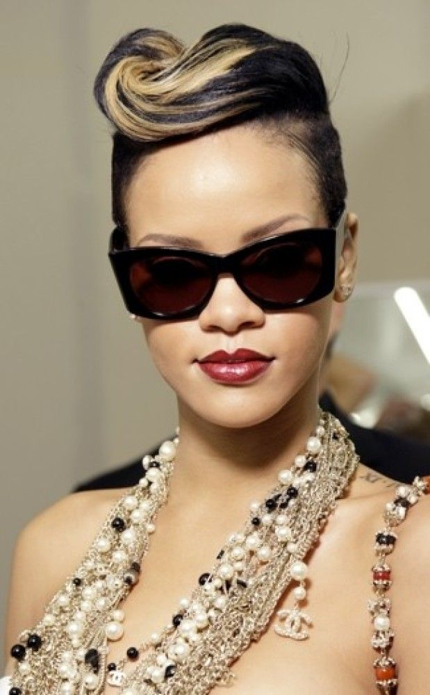 Mohawk. I miss mine. | Rihanna hairstyles, Hair styles ... |Dope Rihanna Haircuts