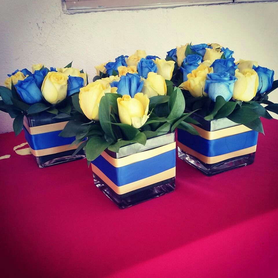 Yellow and blue centerpieces for a san jose state