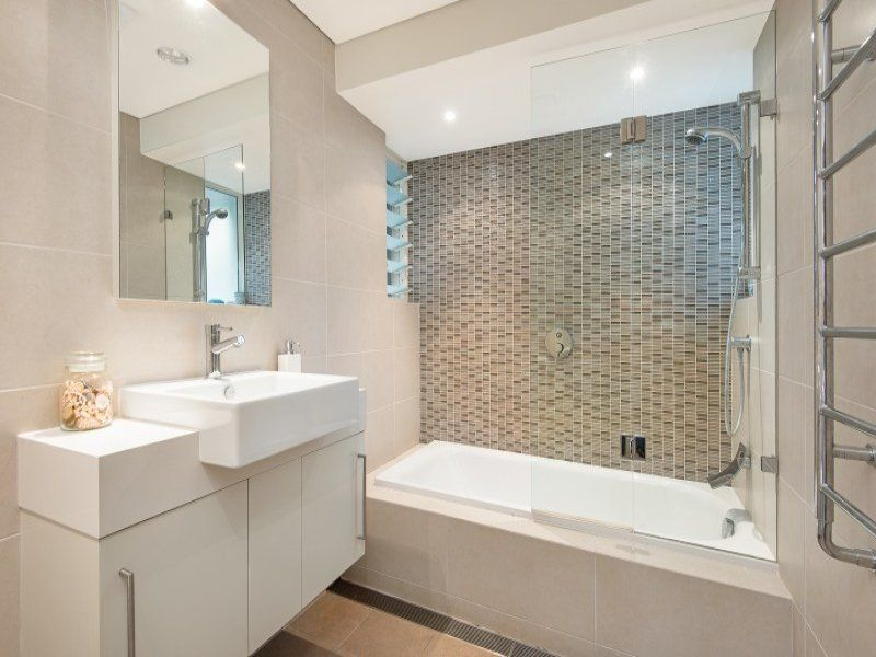 Bathroom configuration | Bathroom | Pinterest | Small ...
