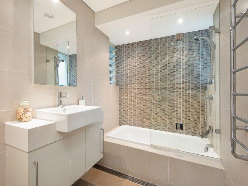 Bathroom configuration | Bathroom | Pinterest | Small ...