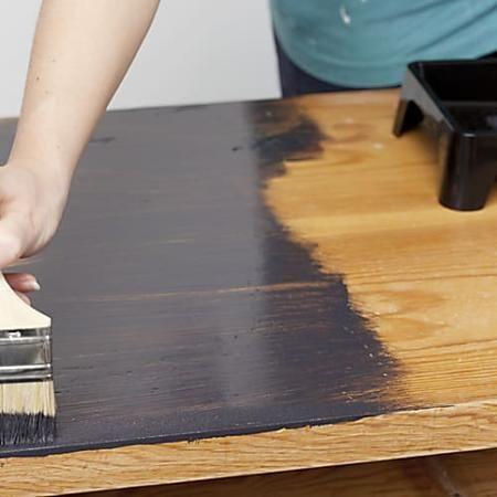 Comment peindre un meuble vernis ? - M6 Bricolage Pinterest - Comment Peindre Un Meuble Vernis