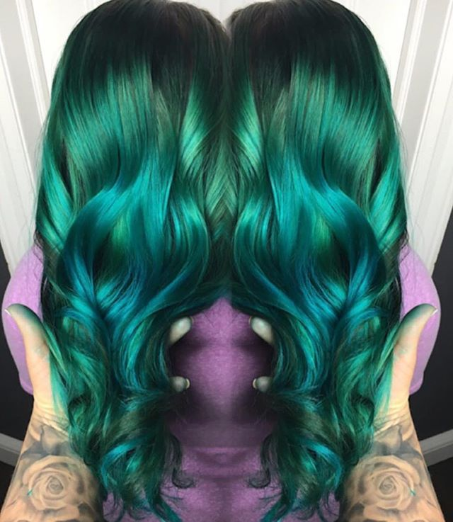 Omgee Gorgeous Metallic Emerald Green Melting Into Blue By