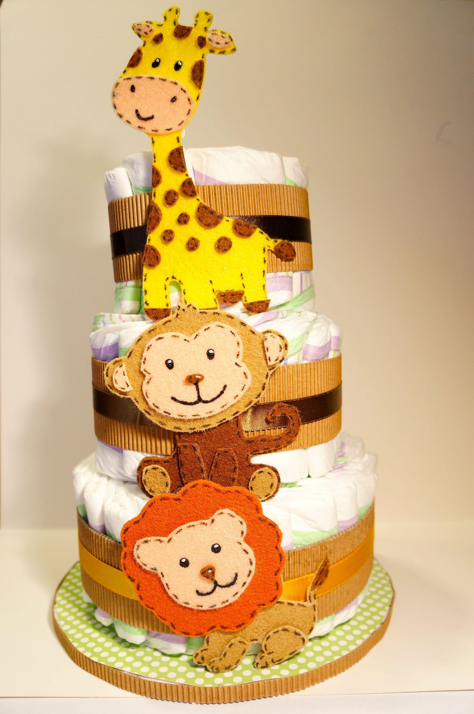 Torta de pañales, decorada con animales de fieltro