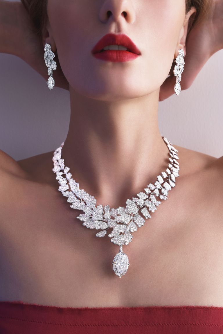 ff96011cfd5 52 Beautiful Diamond Necklace For Women Accessories | Masculine ...