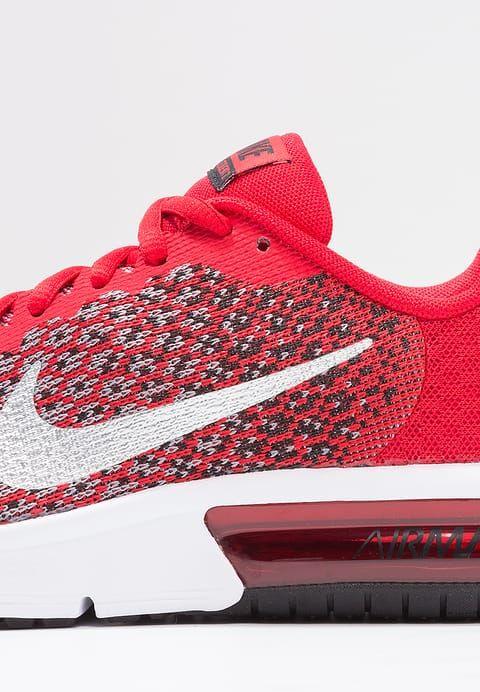 Sneakers Nike Performance AIR MAX SEQUENT 2  - Hardloopschoenen neutraal - university red/metallic silver Rood: € 67,95 Bij Zalando (op 13-3-17). Gratis bezorging & retournering, snelle levering en veilig betalen!