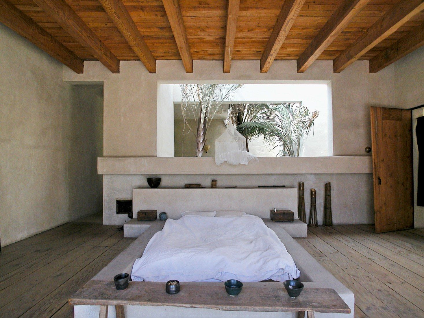 Inside The Most Instagrammed House In Los Angeles Venice House