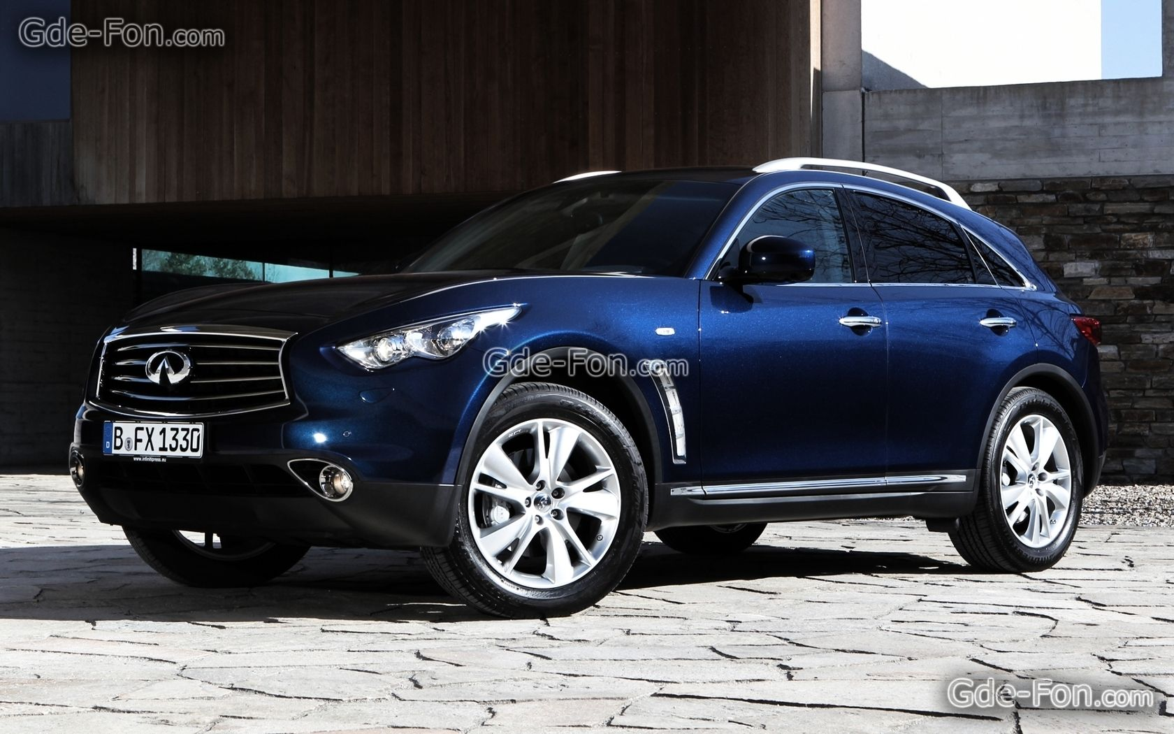 Edit Wallpapers For Download Infinity Efics Jeep Crossover Free Wallpapers Picture 382486 Infiniti Jeep Hot Cars