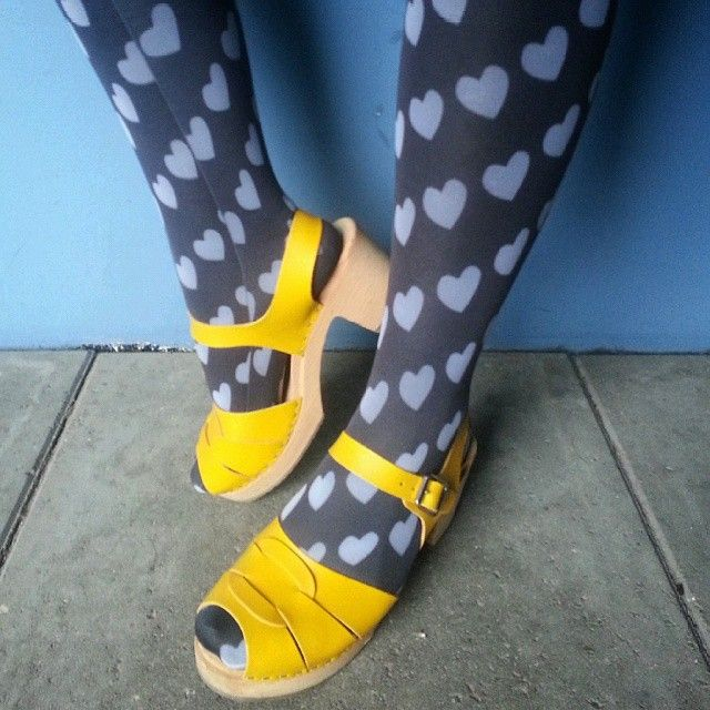 Lovely sunny clogs from  @lottafromstockholm, now we wait for better (clog-friendly) weather. #sandra_walli_in_clogs #lottafromstockholm #clogsoftheday #myfeetinshoes #clogs #yellowshoes #heart #socks #love #lottaclogs