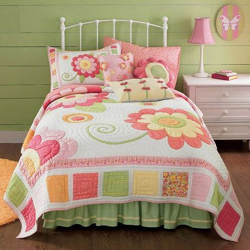 Mais um quarto dos sonhos quilts for all pinterest quilts flower quilts y girls quilts - Colchas patchwork juveniles ...