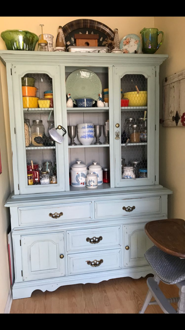 Old 80s Hutch Free Painted With Serenity Blue Rust Oleum Chalk