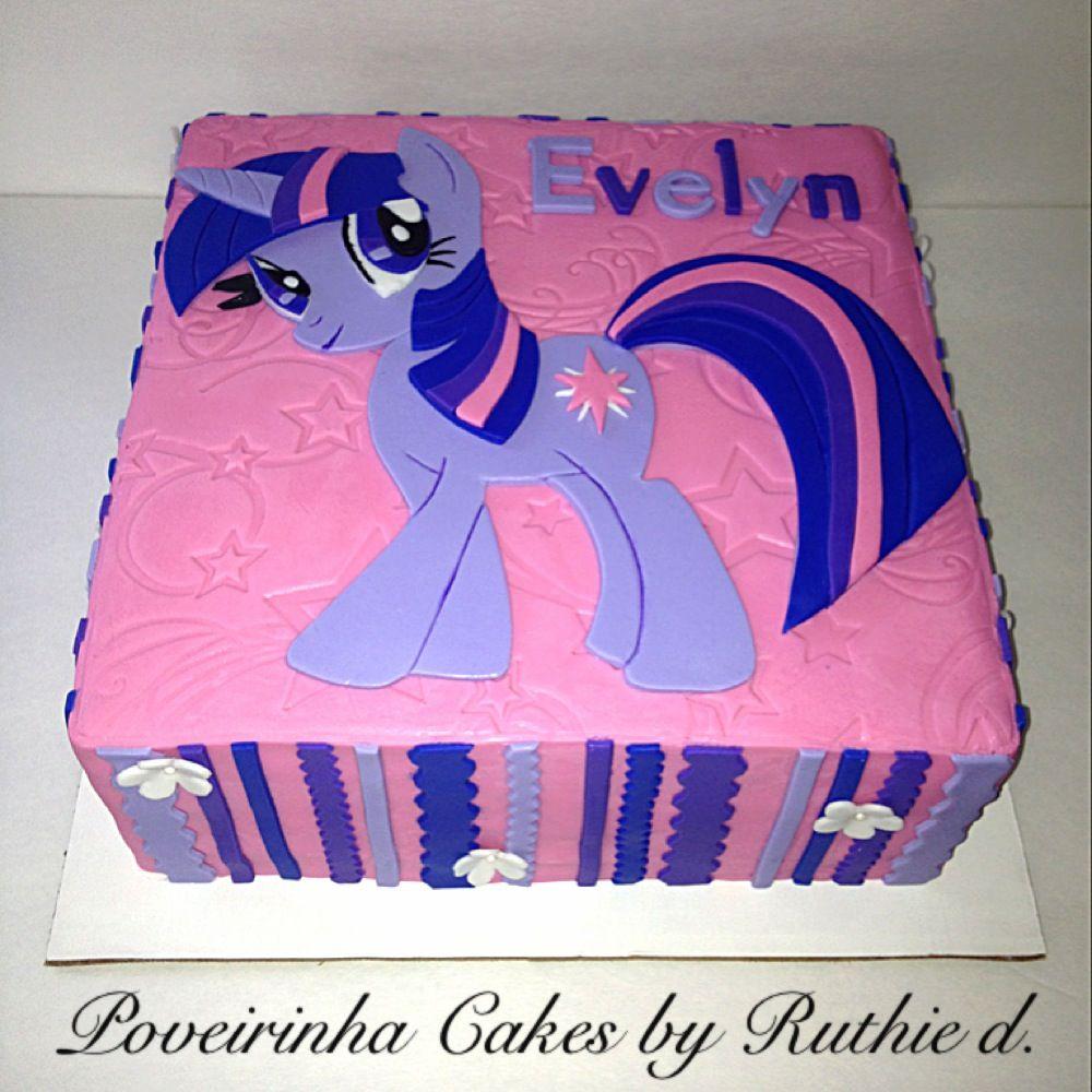 My Little Pony Twilight Sparkle themed birthday cake Poveirinha