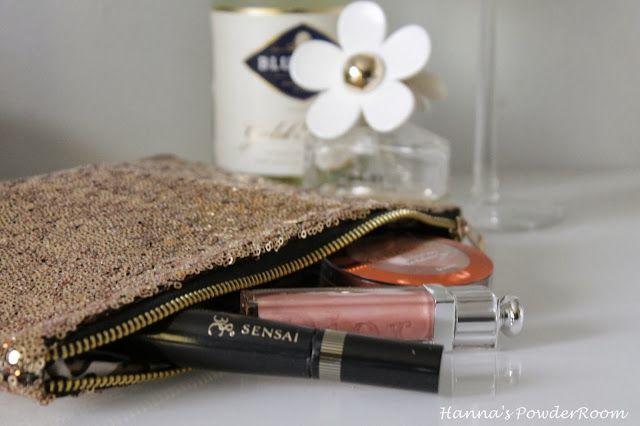 Sparkling clutch Hanna's PowderRoom Blog