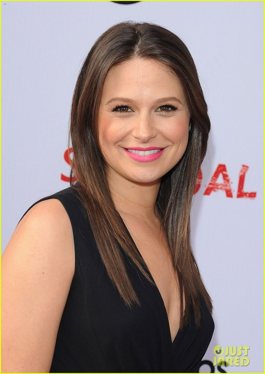 Katie lowes long wavy casual hairstyle thehairstyler com - Katie Lowes At The Scandalatas 5 16 13 Scandal