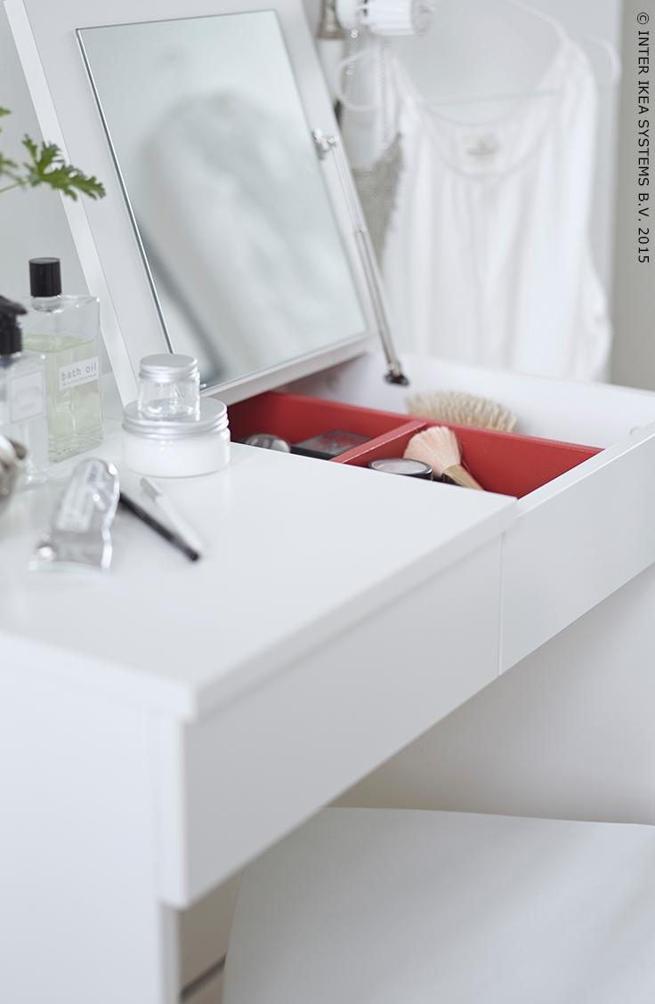 spiegeltje, spiegeltje aan de wand. brimnes toilettafel #aprilnews, Deco ideeën