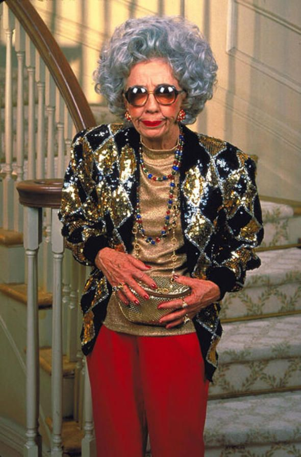 This is Ann Guilbert as yetta on the show The Nanny! The Nanny was a show that could make you smile, laugh, and want every damn fluffy robe and slipper combination Fran had. Description from cria13.blogspot.com. I searched for this on bing.com/images