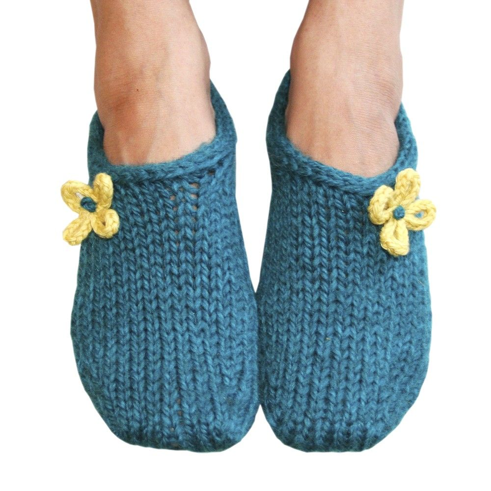 Knitting Shoes Patterns : Two hour toe up slippers knitting pattern pdf download