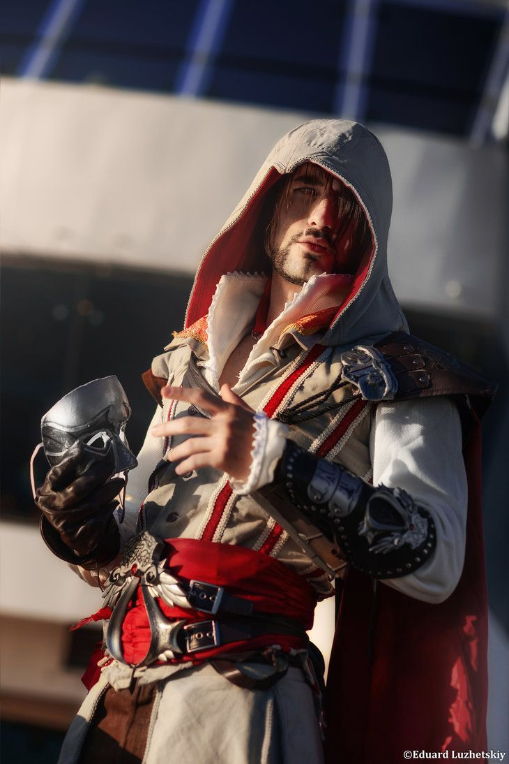 Ezio Auditore Assassin S Creed 2 Cosplay Art Assassins Creed 2 Assassins Creed Cosplay Assassin S Creed