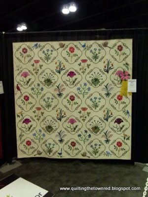 Quilting the town red: May 2013