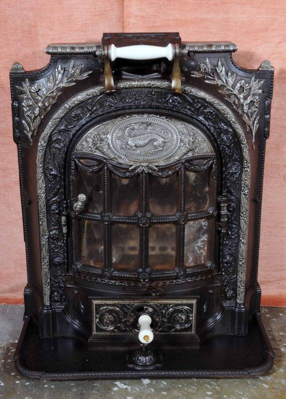 antique french fireplace heater la salamandre po les. Black Bedroom Furniture Sets. Home Design Ideas