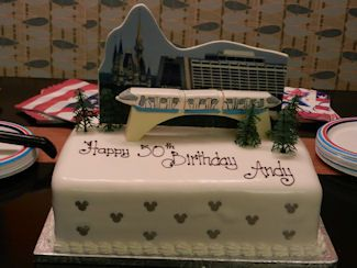 Disney2011187 325x244 Order Birthday Cake Special Cakes