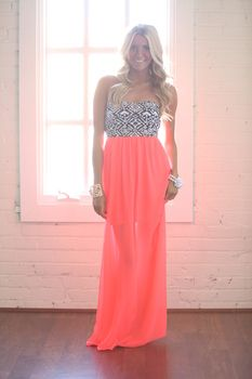 Show Stopping Maxi Dress Hot pink - Modern Vintage Boutique