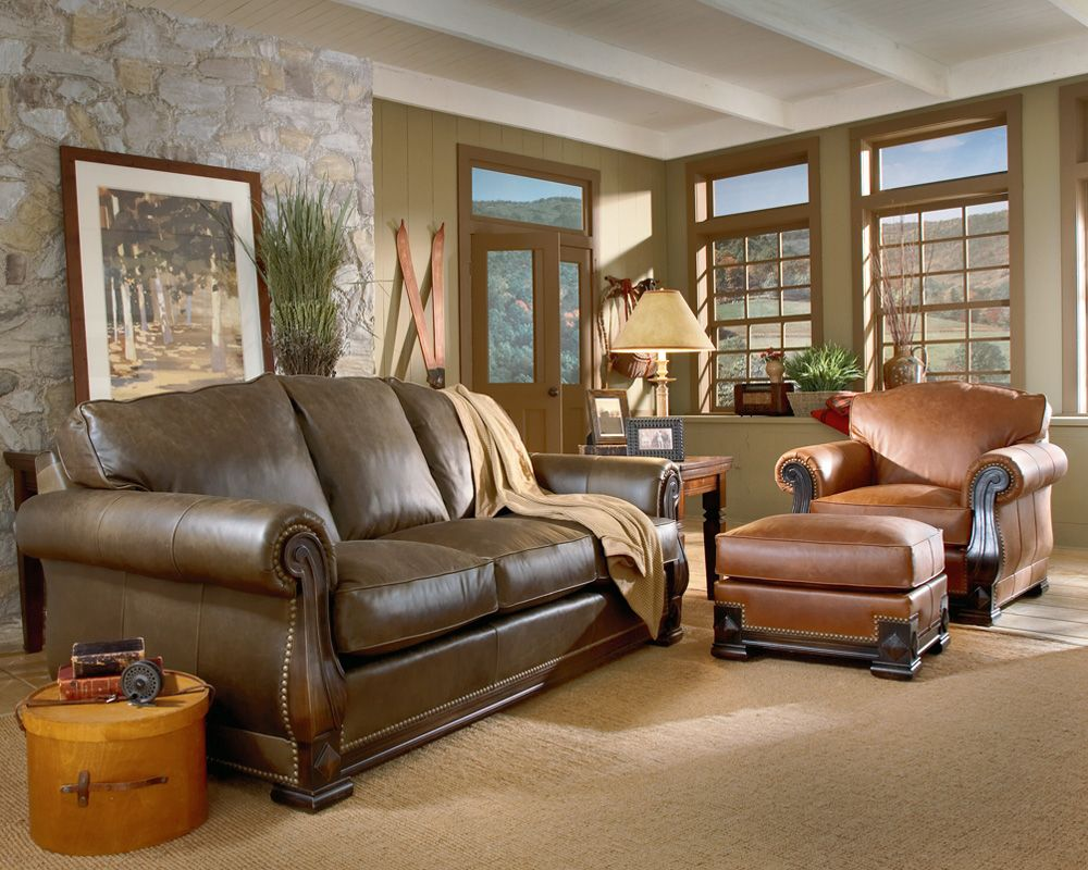 Mixing leather colors is perfectly fine - Leather furniture for small living room ...