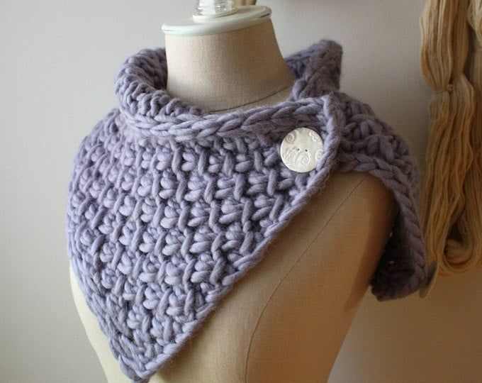 Crochet PATTERN - Buttoned cowl   Bulky yarn patterns ...