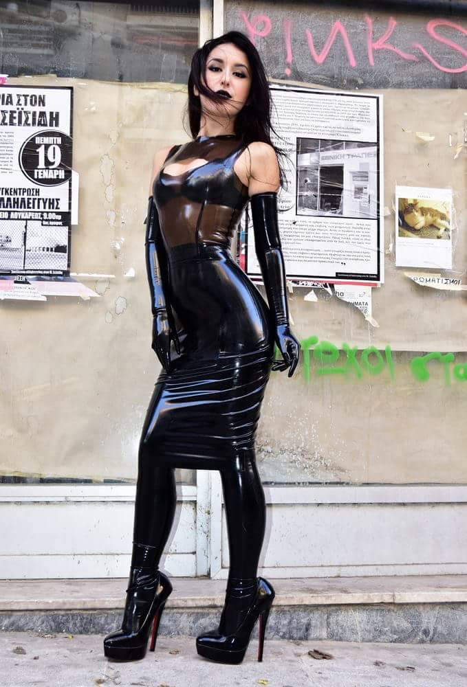 Marilyn Yusuf | Латекс | Latex fashion, Sexy latex, Latex ...