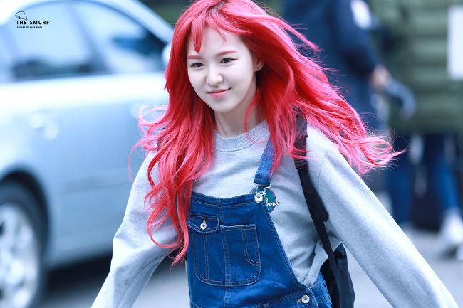 Top List Of Kpop Idols Who Speak English Fluently Wendy Red Velvet Fire Hair Red Velvet