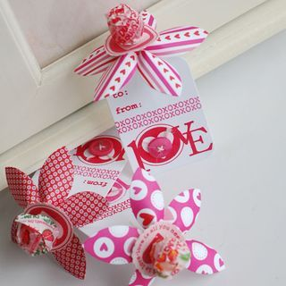 lollipop treats - betsy is so clever!