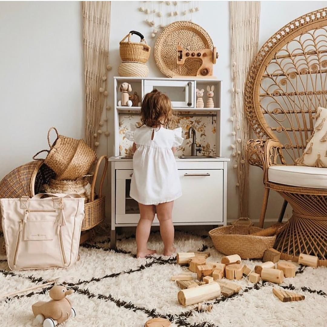 Happy decor ideas for your kids bedrooms #modernlightingdesign