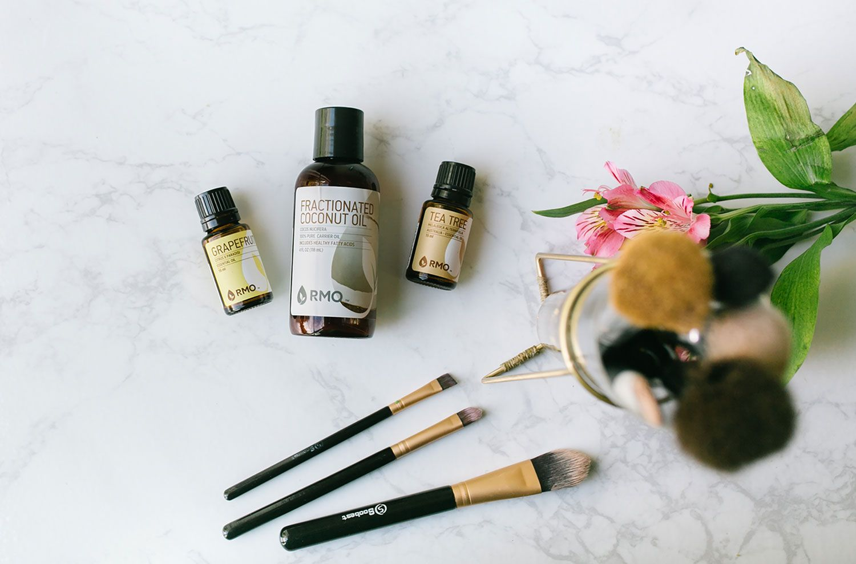 Makeup Brush Cleanser Brush cleanser, Diy makeup brush