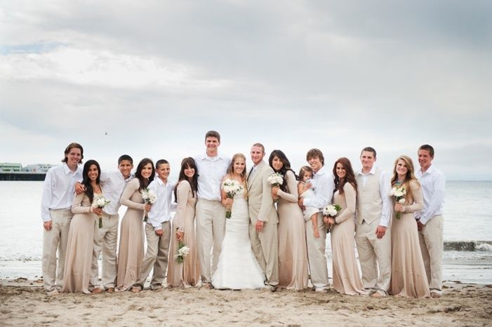 Beige And Ivory Wedding Party Colors With Images Casual Beach