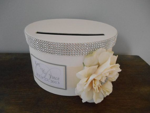 Vintage Glam Wedding Card Box Modern round with ivory ribbon ivory – Round Wedding Card Box