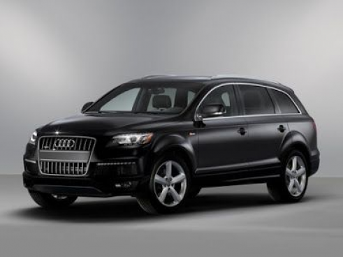 Audi Recently Launched The Q7 Black Edition In India At Rs 82 15 Lakh For The 45 Tfsi And Rs 86 30 Lakh For The 45 Tdi Ex Showroom Variants In 2020 Suv Audi Suv Audi