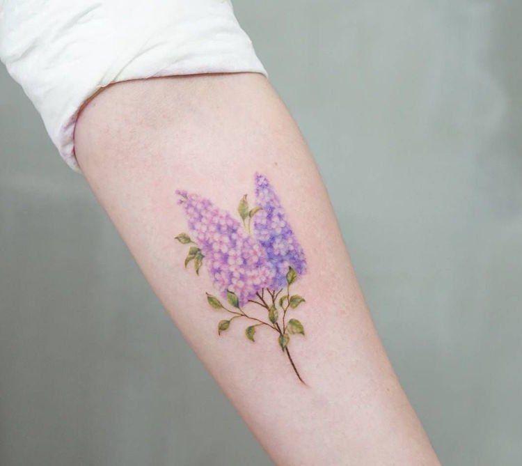 On Craque Pour Le Tatouage Fleur Et Son Infinite De Declinaisons
