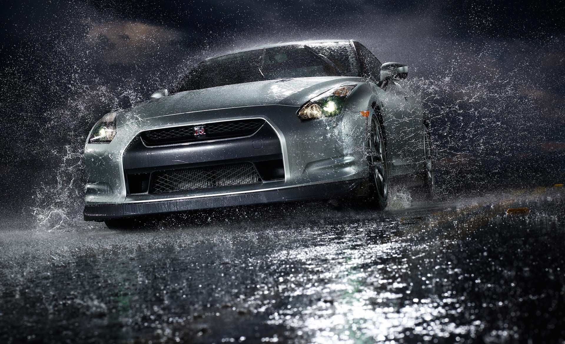 Charmant The Fastest Accelerating Car! The Nissan Skyline GTR