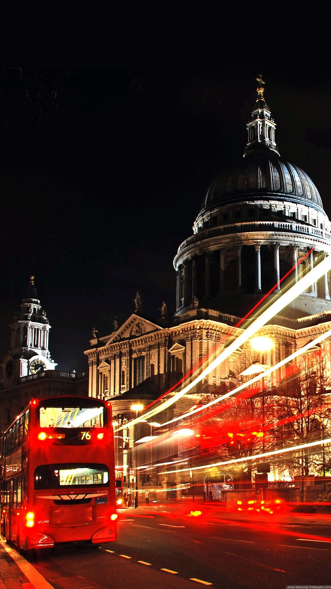 Wallpaper iphone london - London St Paul Cathedral Double Decker Iphone 6 Plus Hd Wallpaper