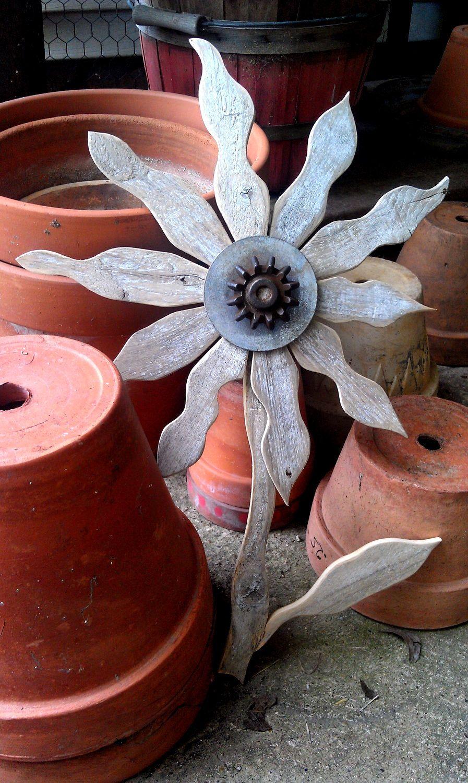 Reclaimed wood flower rustic wall decor rusty metal folk art garden