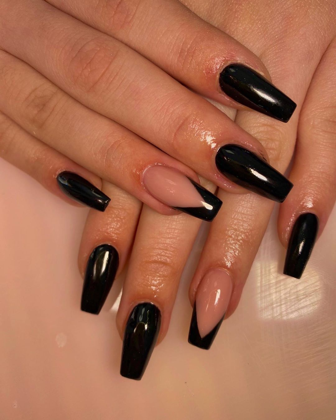 30 Popular Black Nails You Can Copy In Spring In 2020 Black Gel Nails Pretty Acrylic Nails French Nails