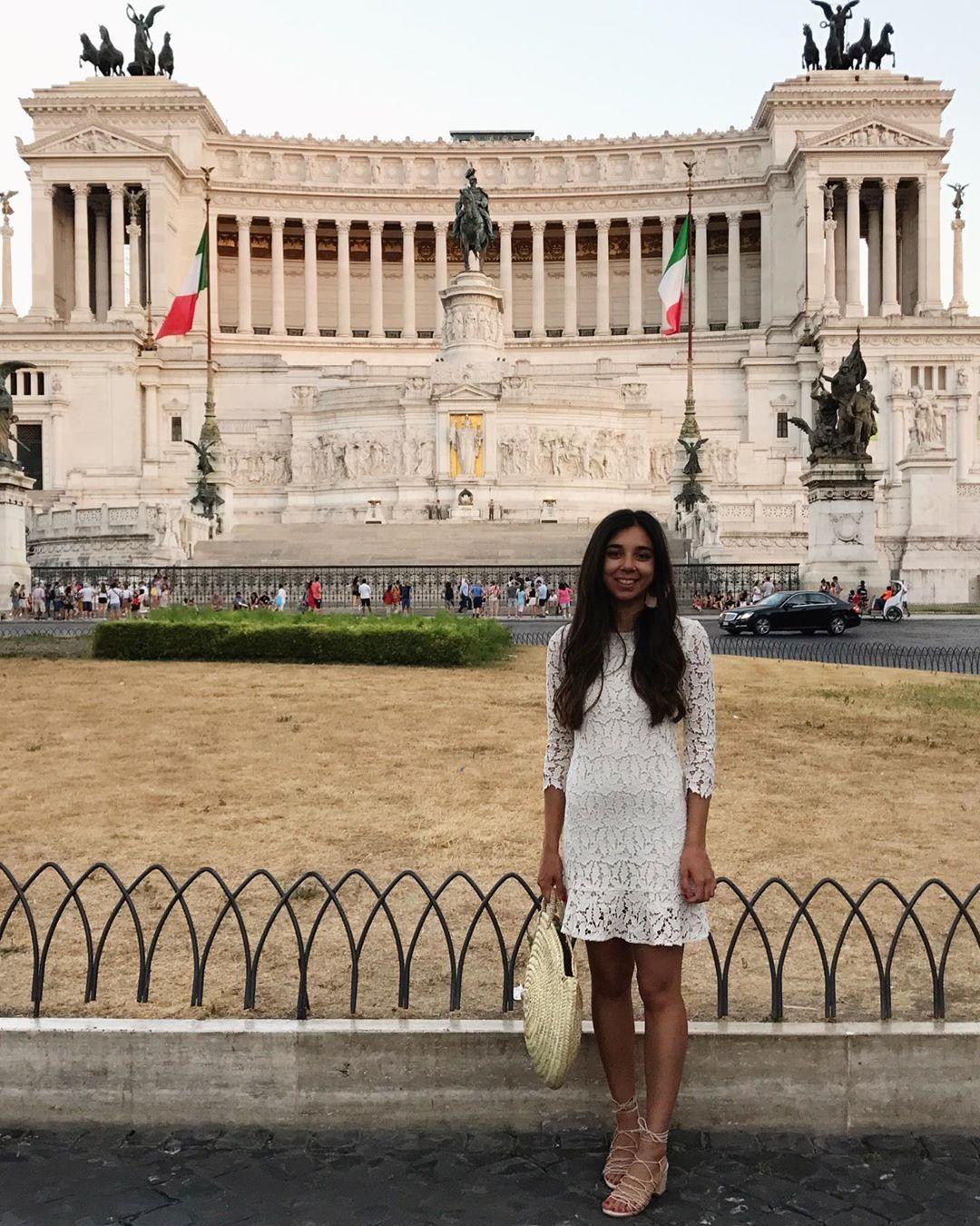 rome w/ the perfect tan  #rome #throwback #roma #italy #visititaly #travel #travelitaly #traveladdict #travel_drops #tra...