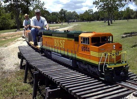 Live Steam Diesel. | Model trains, Ride on train, Model ...