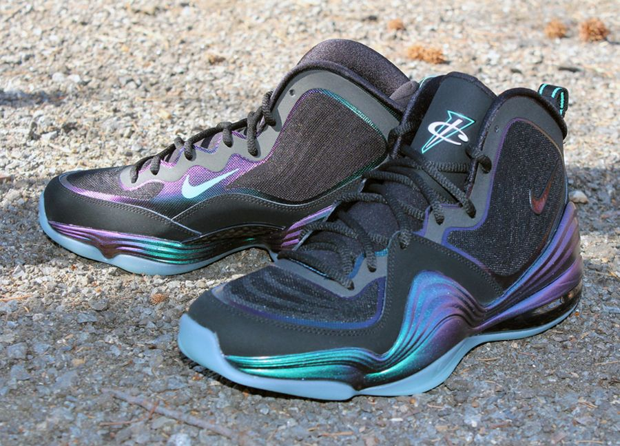 huge discount 73482 14810 NIke Air Penny V Invisibility Cloak Arriving at Retailers