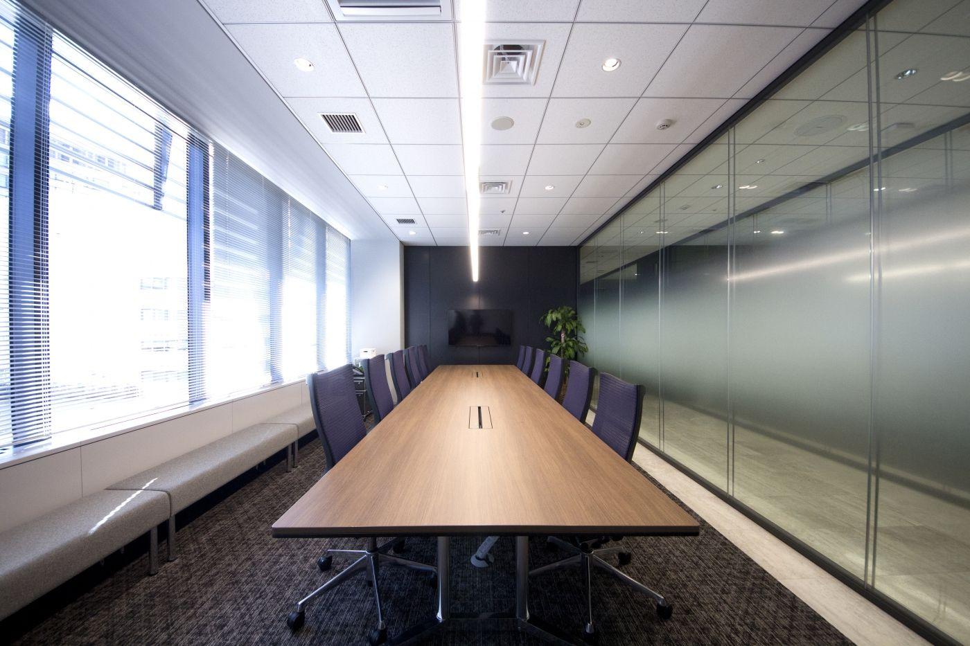 応接室 おしゃれまとめの人気アイデア Pinterest 高島道成 2020 オフィスデザイン 企業のオフィスのデザイン オフィス