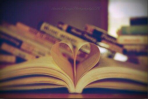 'I ♡ Books'