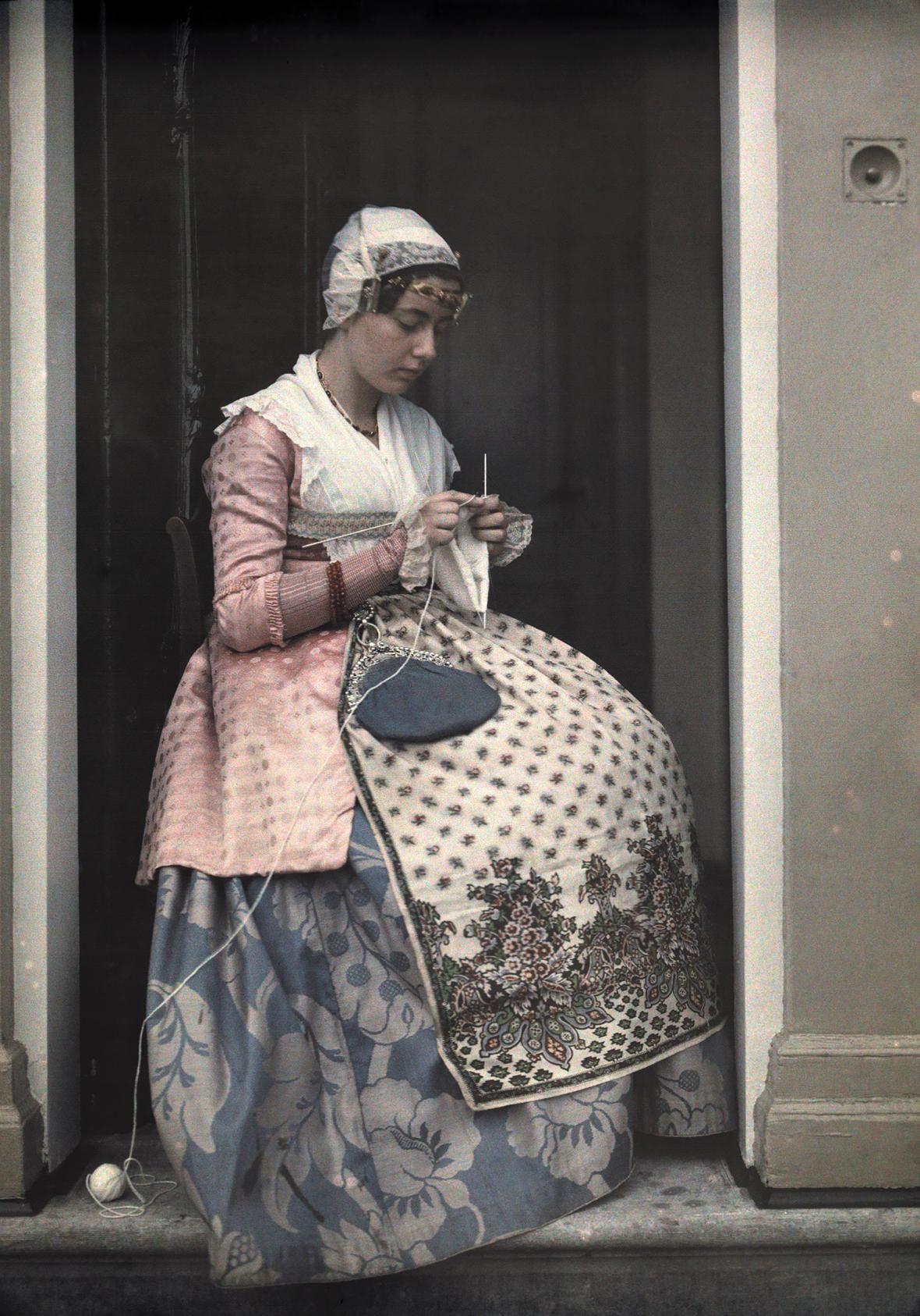 Autochrome: beautiful antique color photos made with potato starch