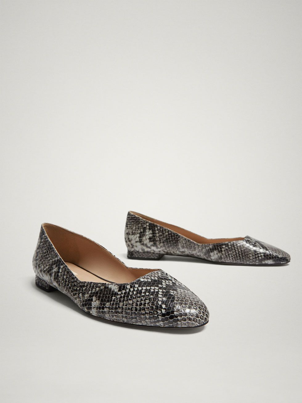 5ae4c95f79 GREY SNAKESKIN PRINT LEATHER BALLERINAS - Women - Massimo Dutti | To ...